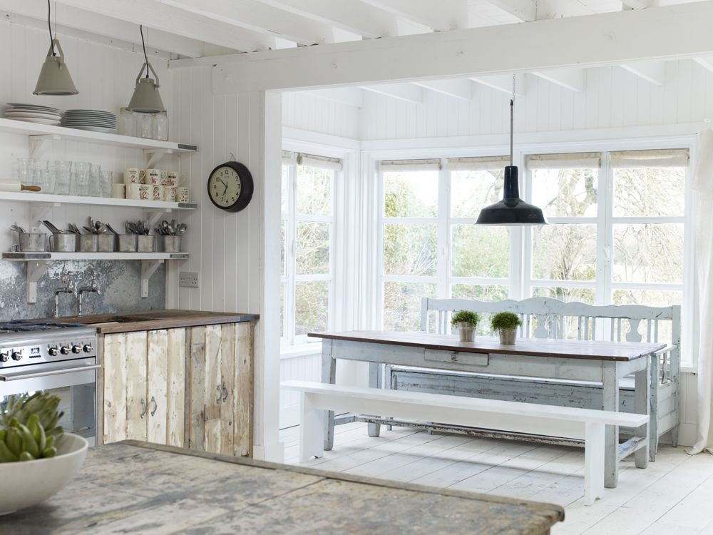 WHITE COTTAGE DESIGN INSPIRATION